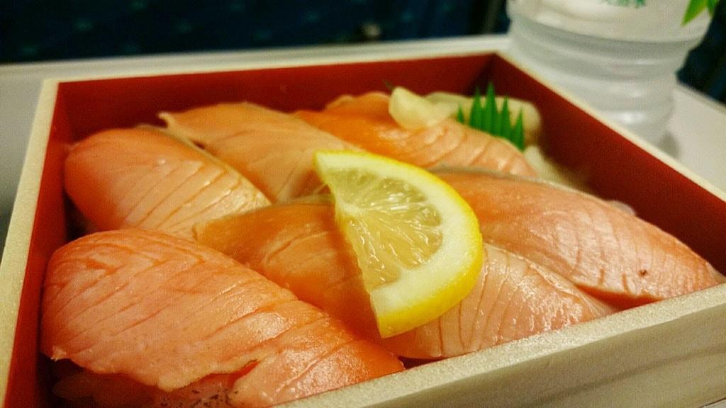 tokyo-station-sushi-0