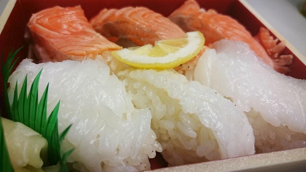 tokyo-station-sushi-1