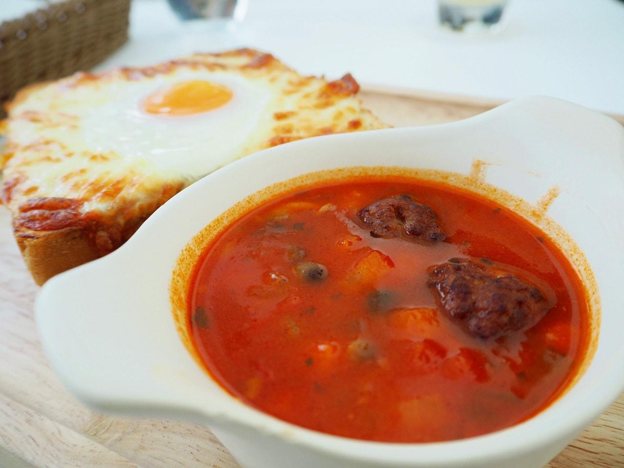 ジブリ大博覧会_コラボカフェ_肉団子のスープ