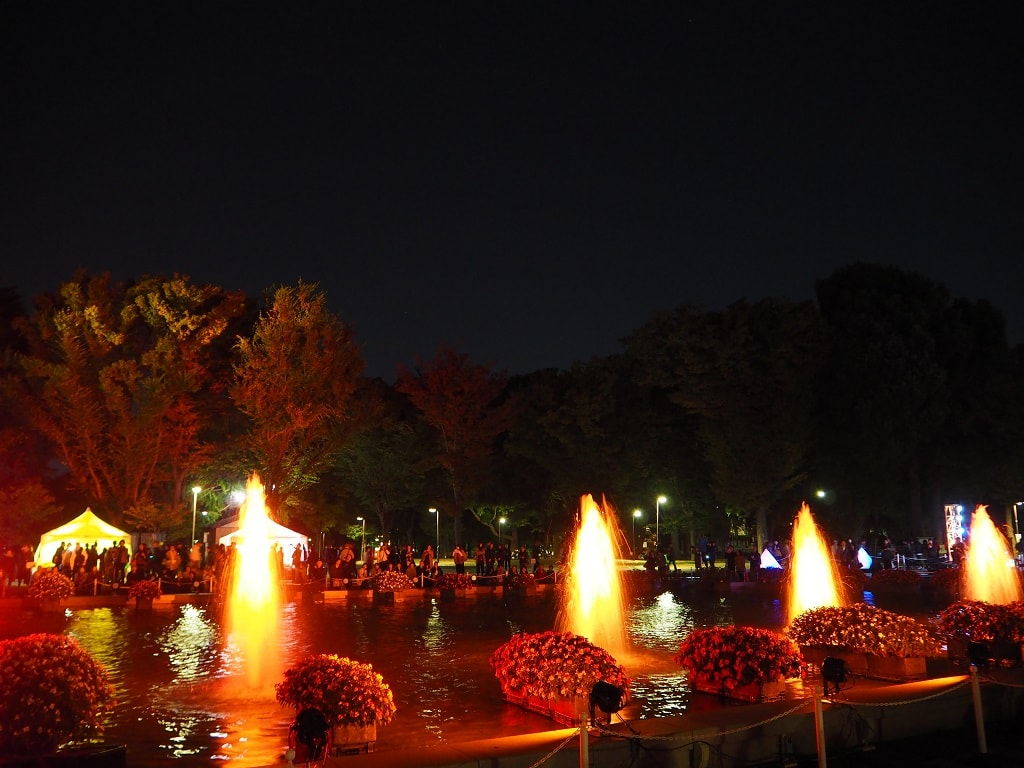 ueno-fountain-right-up-21