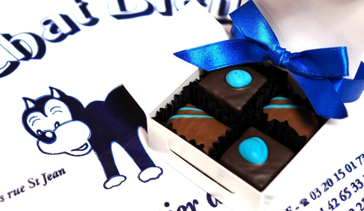 青に惹かれて オ シャ ブルー(Au Chat Bleu)のチョコを購入!