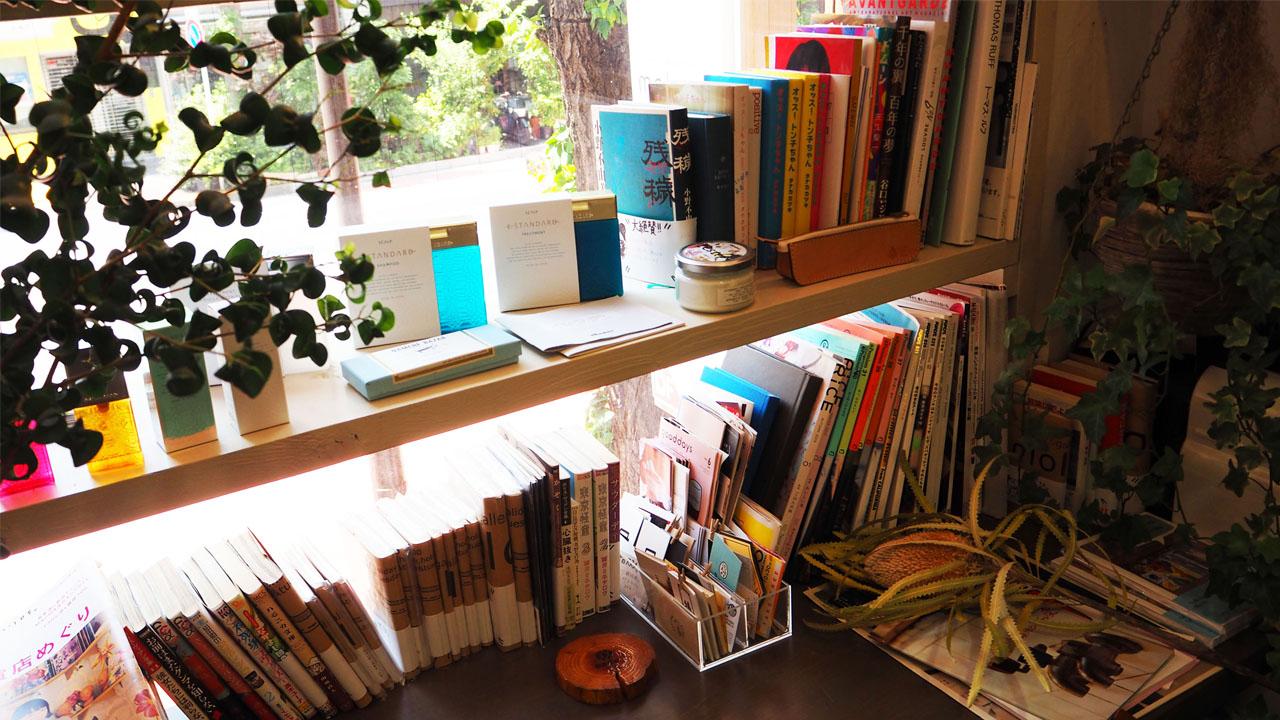 神保町の美容室「moloco(モロコ)」はブックカフェのような雰囲気!