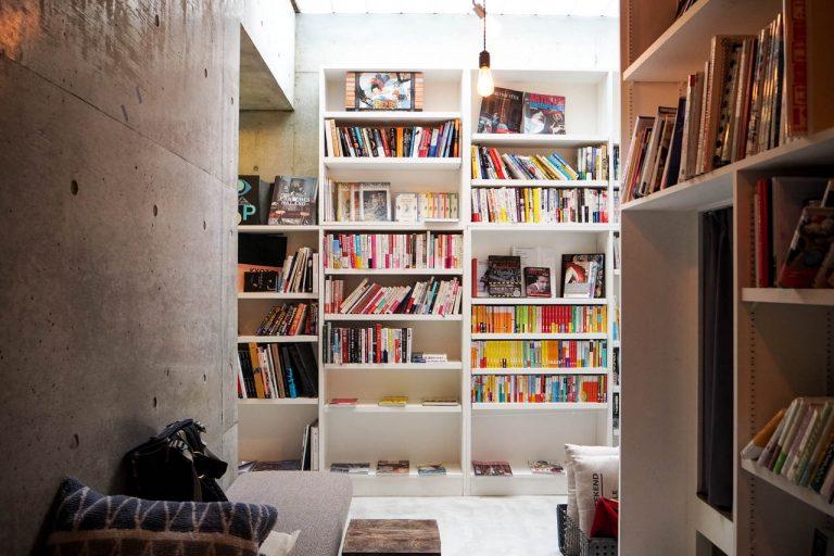 本棚の中で眠る「BookTeaBed 麻布十番店」に泊まってきたよ